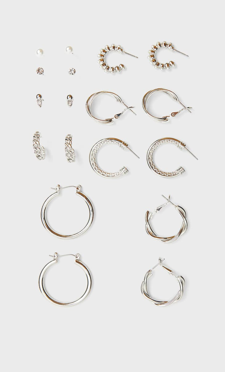 Set of 9 pairs of textured hoops and earrings