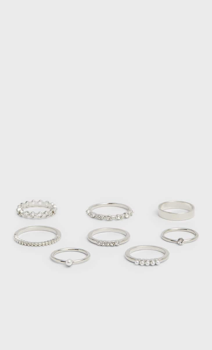 Set of 8 pearl bead and crystal rings