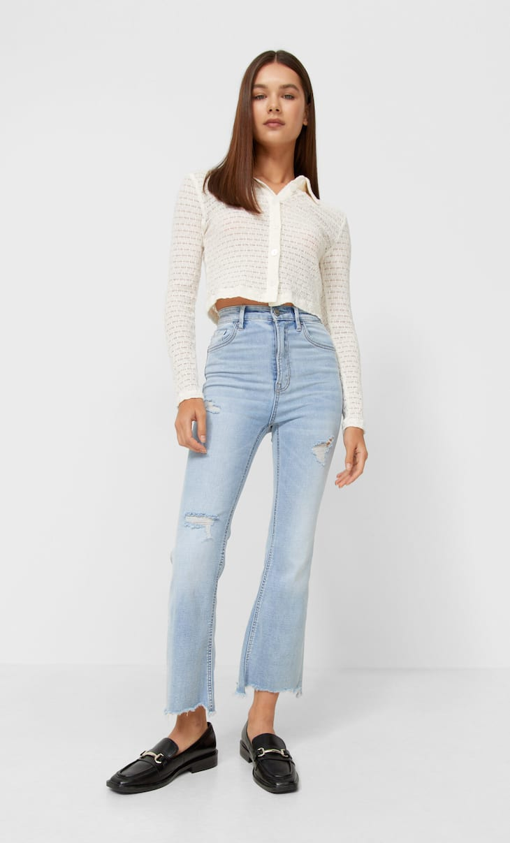 Jins model berkibar potongan pendek