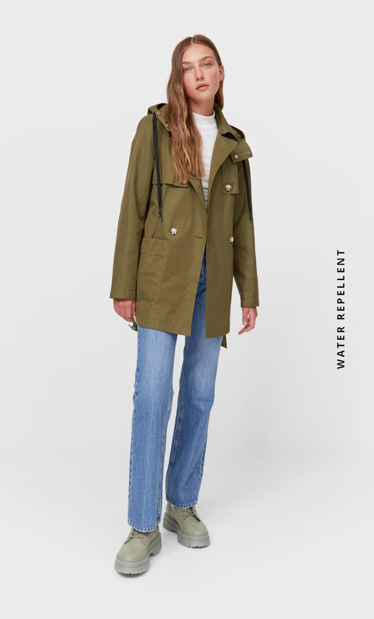 Trench water repellent