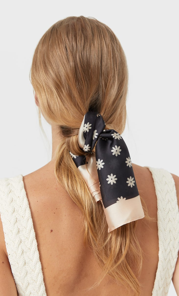 2-pack of floral and brushstroke bandanas