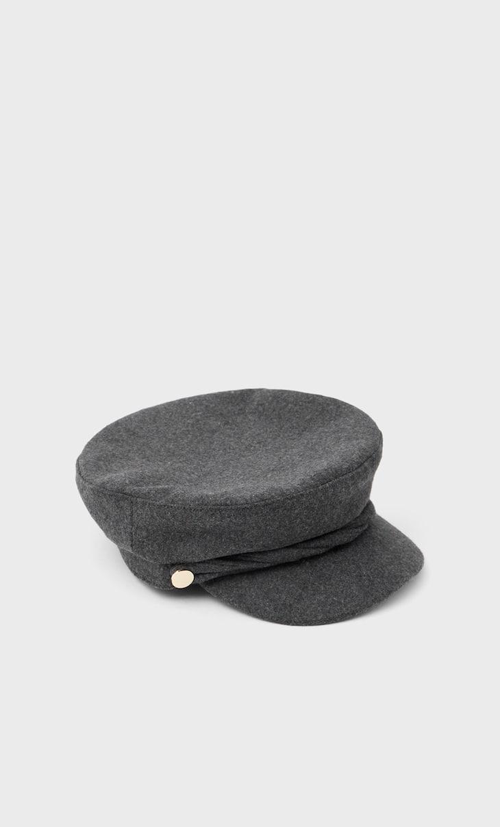 Nautical cap with trim