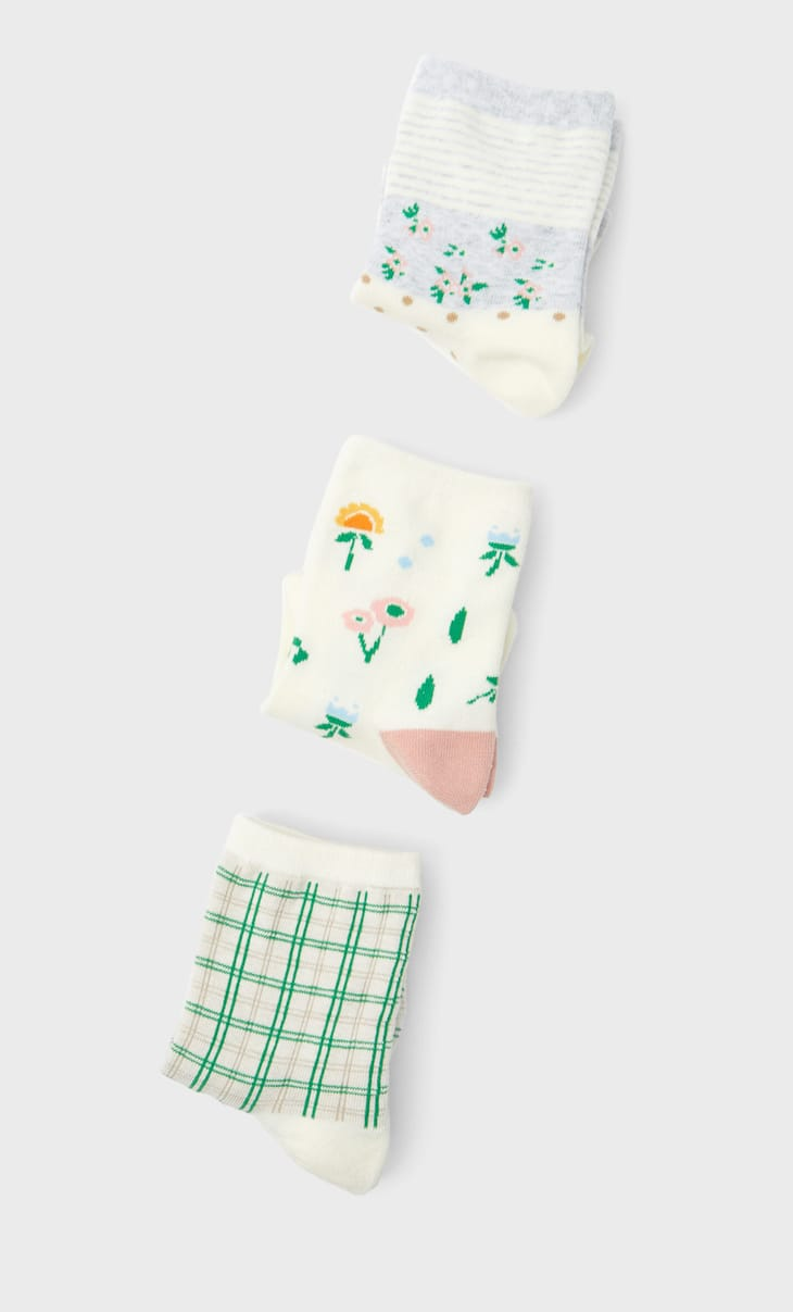 3-pack of floral and check socks