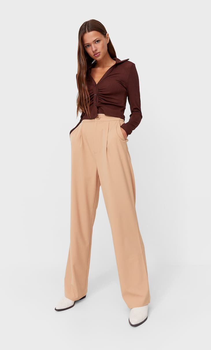 Celana panjang kaki lebar
