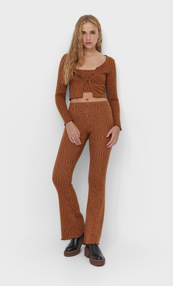 Flared wavy print trousers