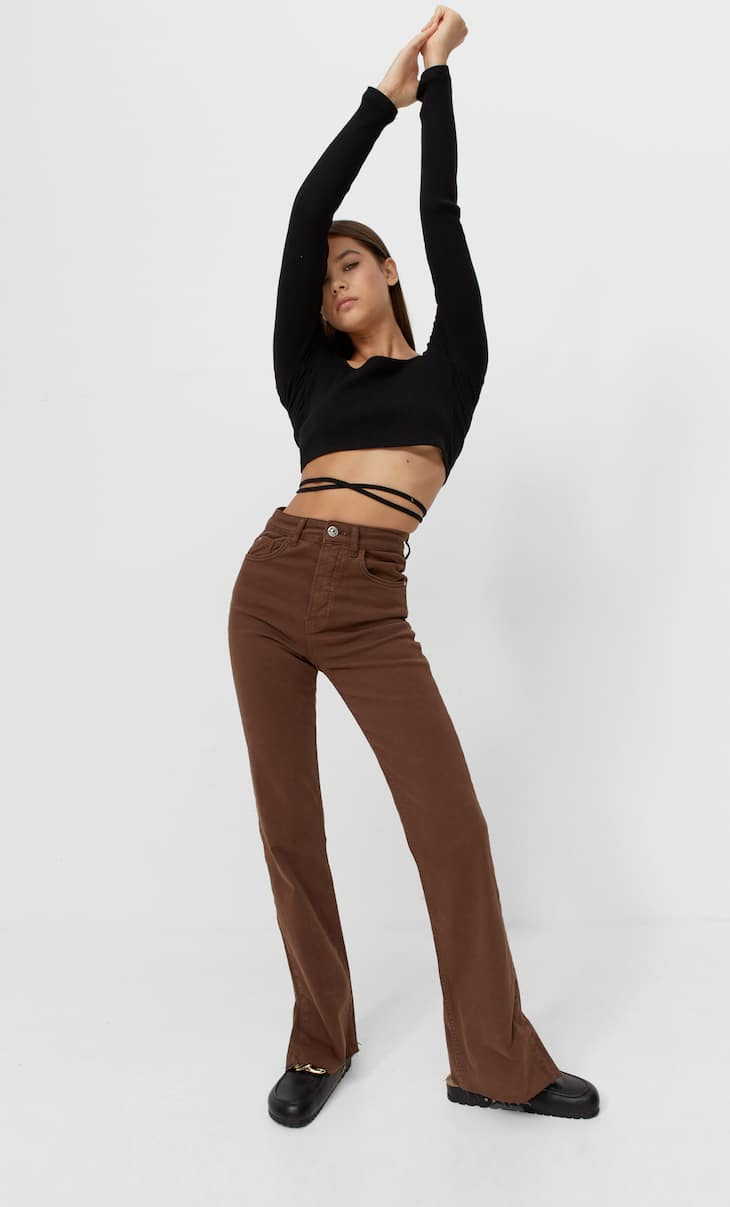 Slim flared jeans with vent