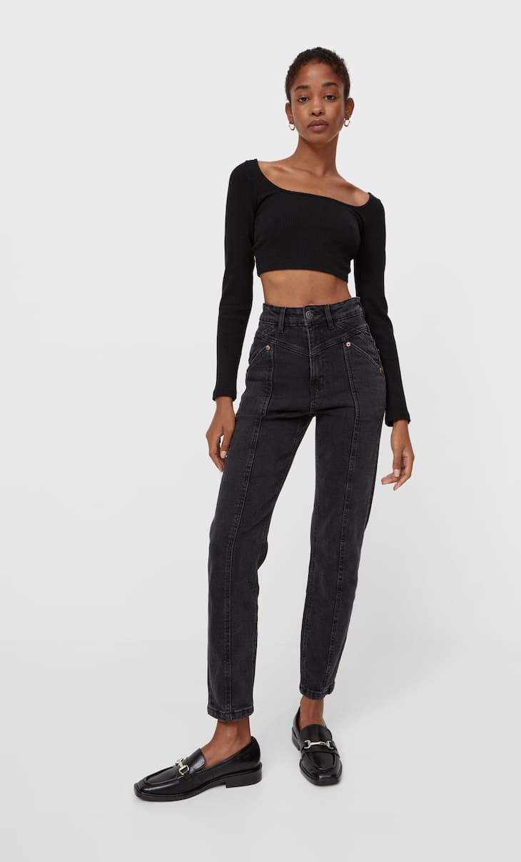 Slim fit mom jeans with seams