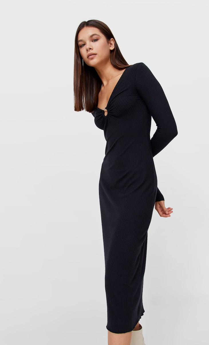 Long sleeve midi dress with ring opening