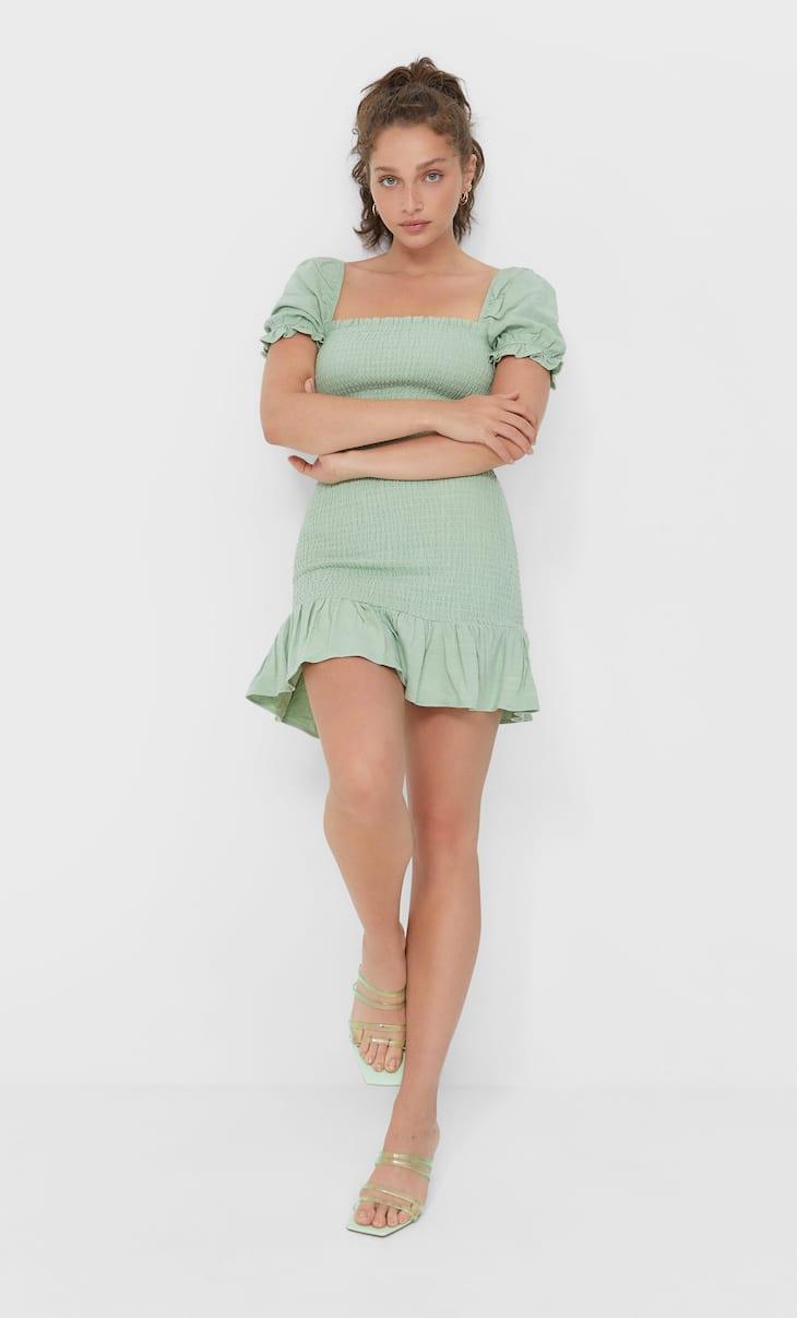 Kratka elastična obleka