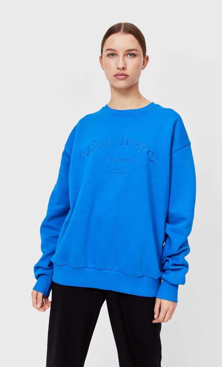 Embroidered oversized sweatshirt