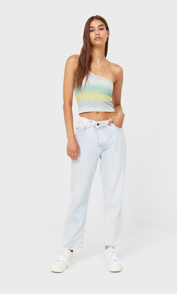 Mom jeans with asymmetric waistband