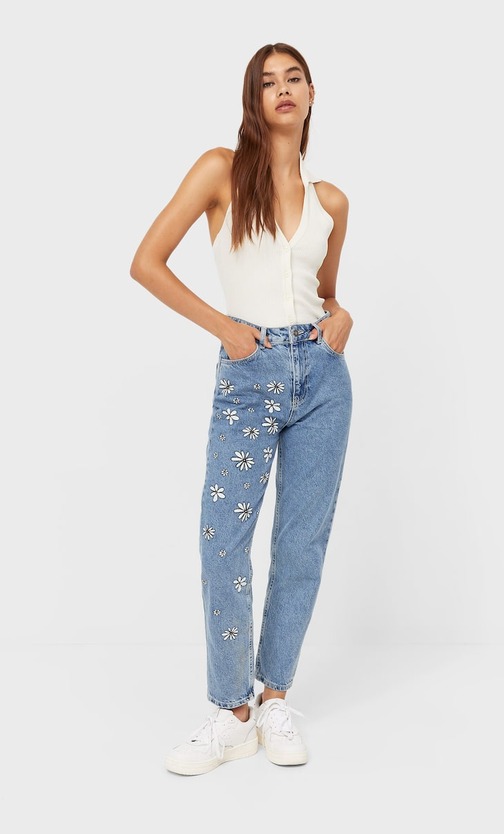 Jean mom fit marguerites