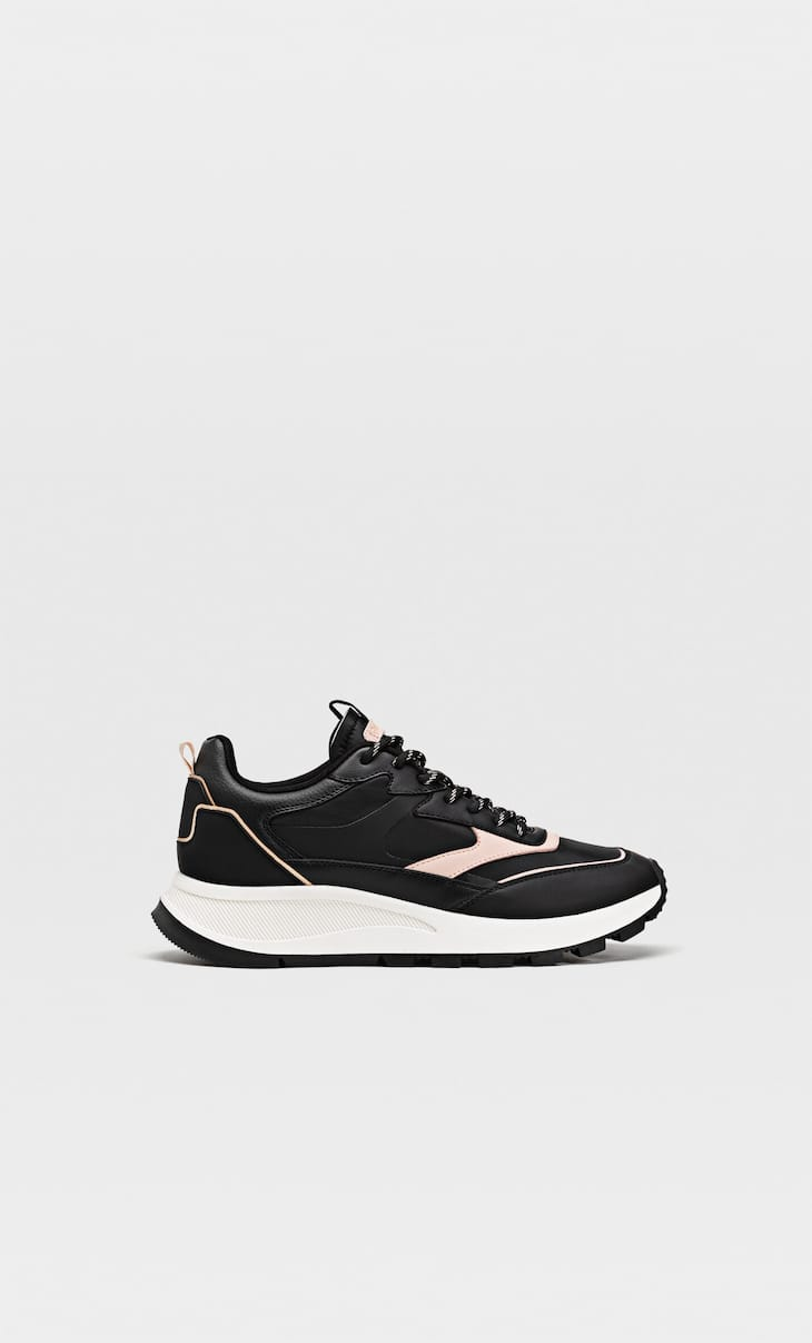 Trainers with decorative trims