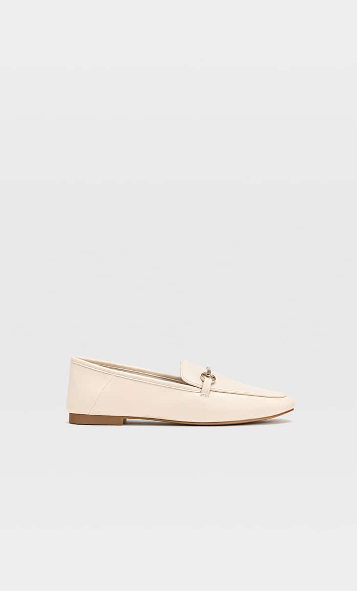 Soft ecru loafers with buckle detail