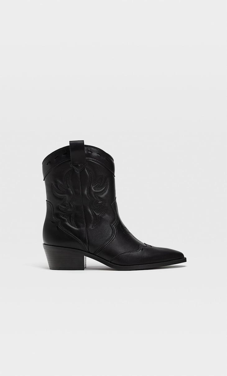 Bottines noires style cowboy
