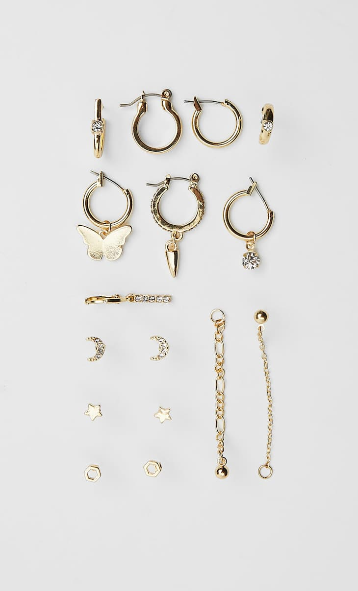 Set of assorted earrings