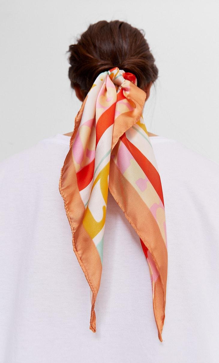 Printed bow scrunchie