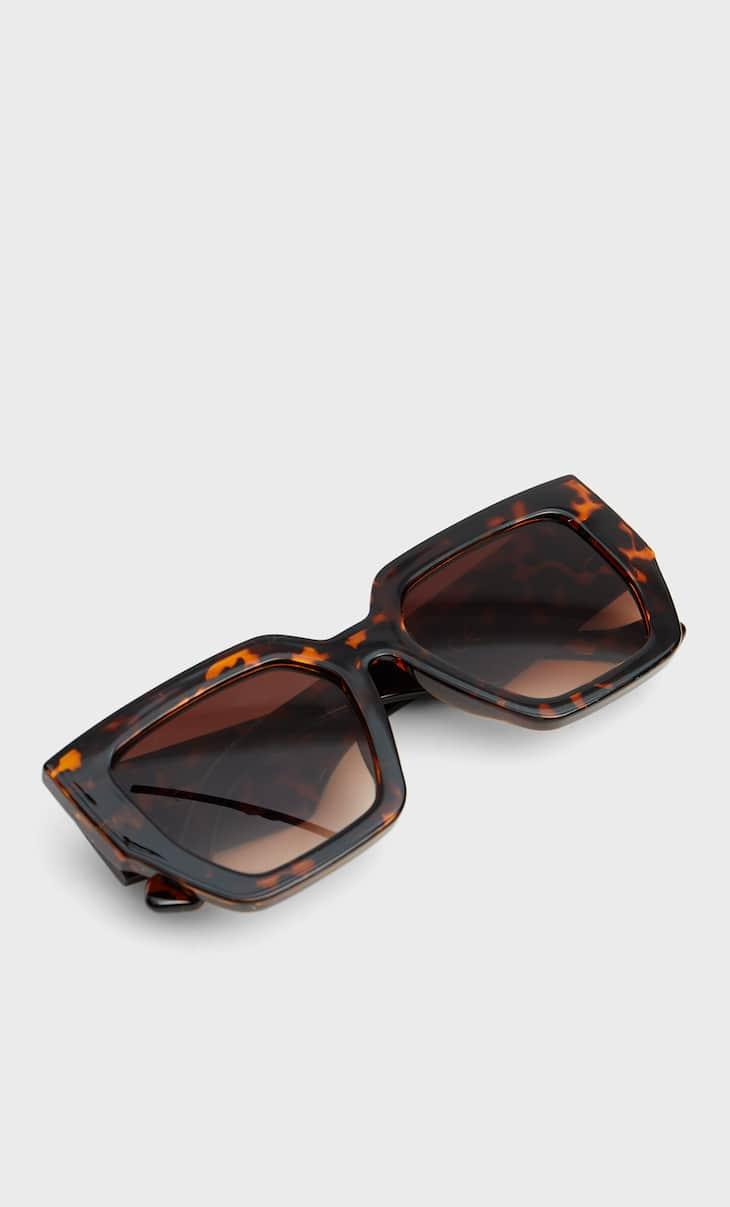 Kastenförmige Sonnenbrille in Schildpattoptik