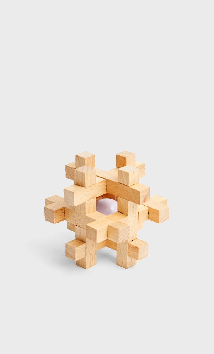 Wooden marble puzzle