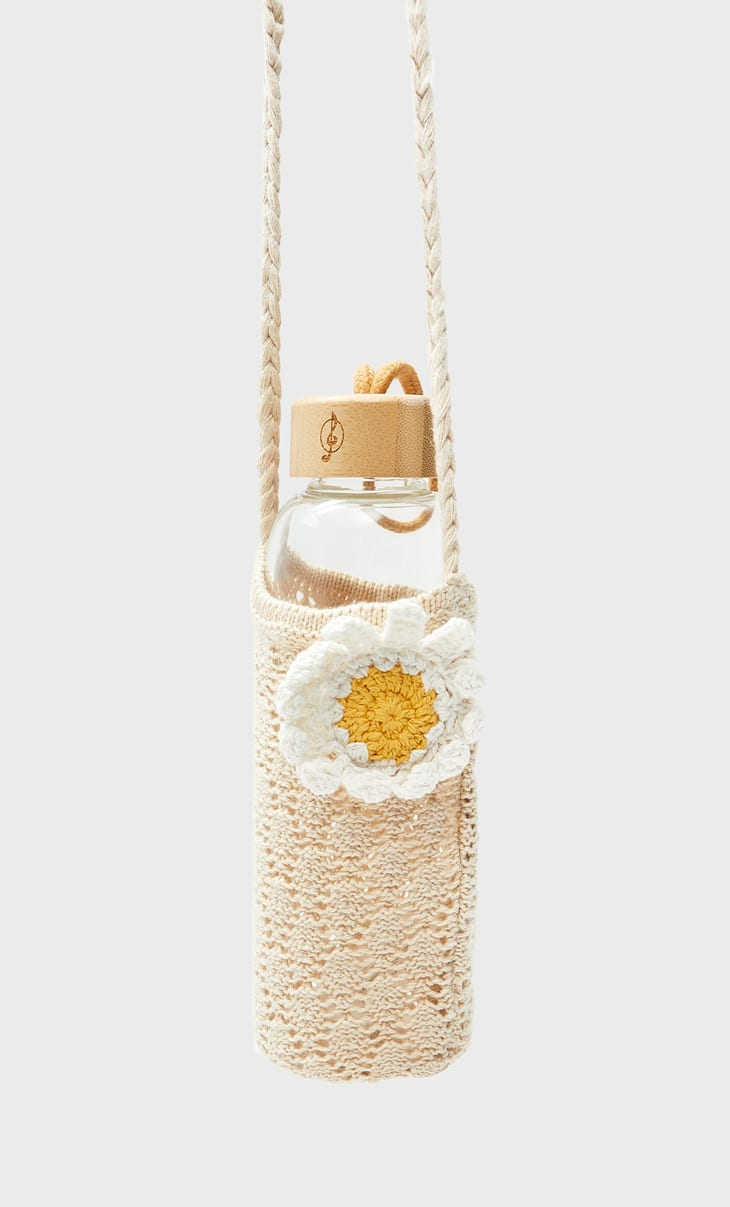 Crochet bottle holder with patches