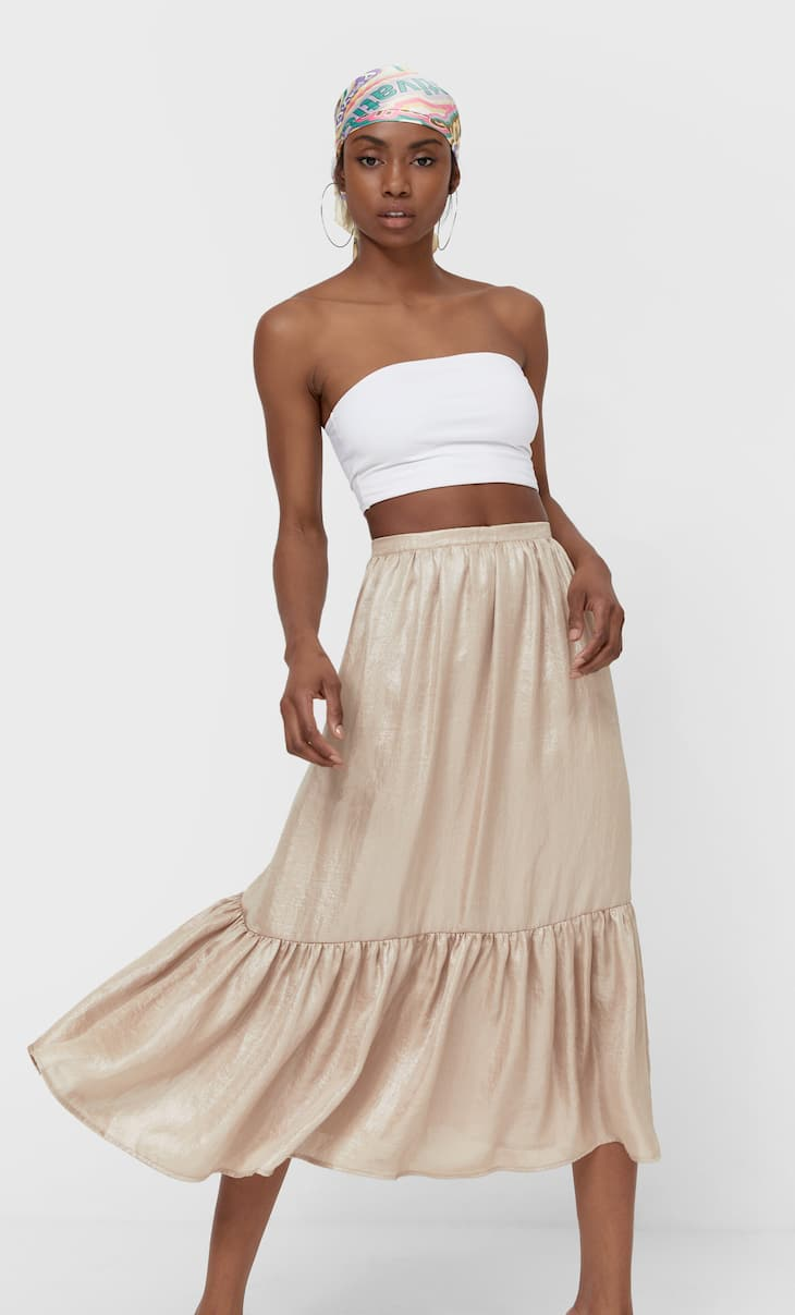 Ruffled shimmery skirt