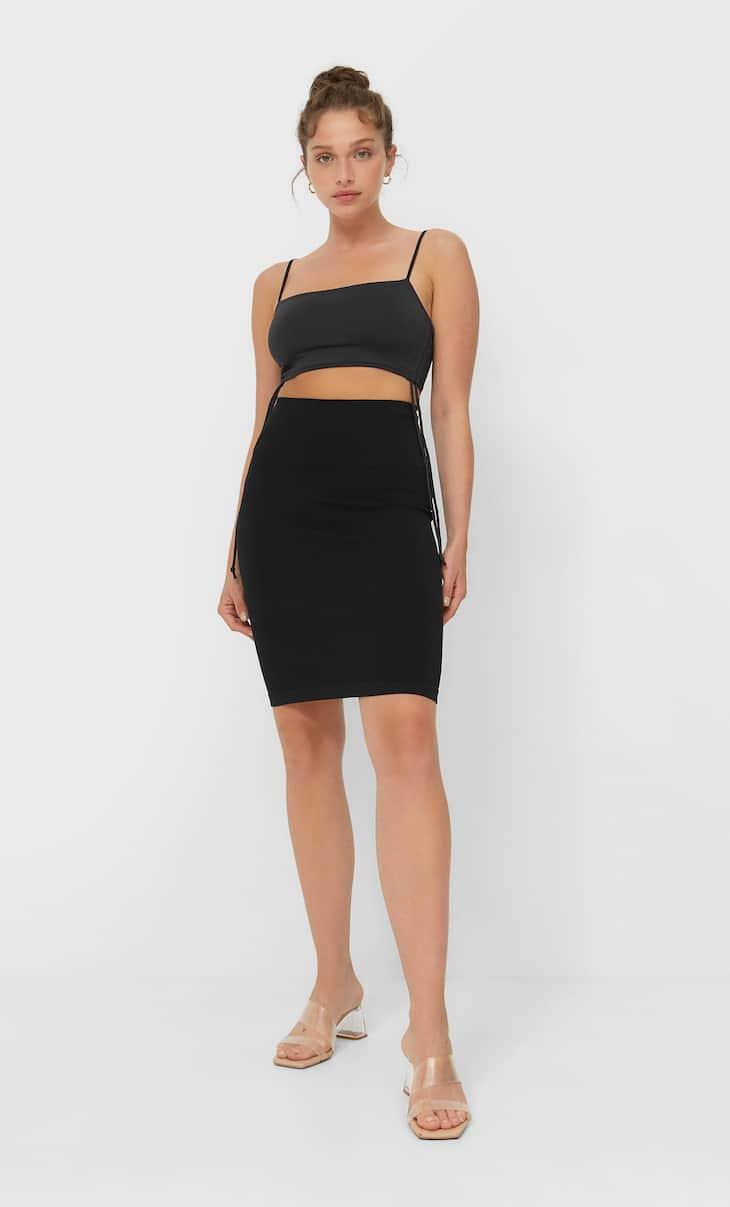 تنورة قصيرة بدون خياطة