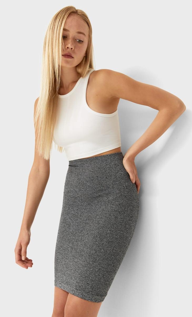 Бесшовная мини-юбка