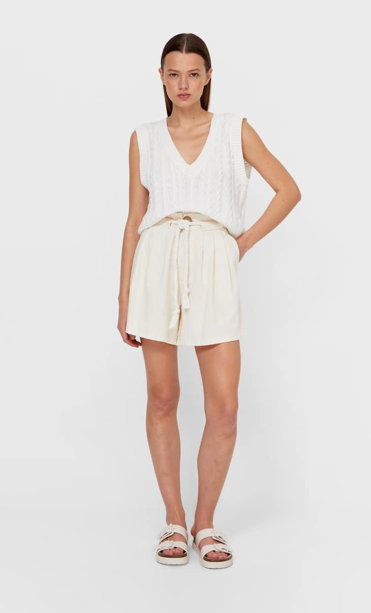 Shorts in twill con laccio