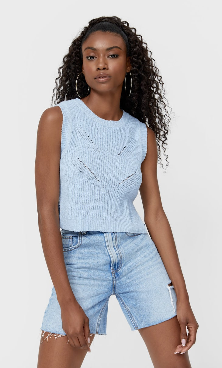Chunky knit top with vents