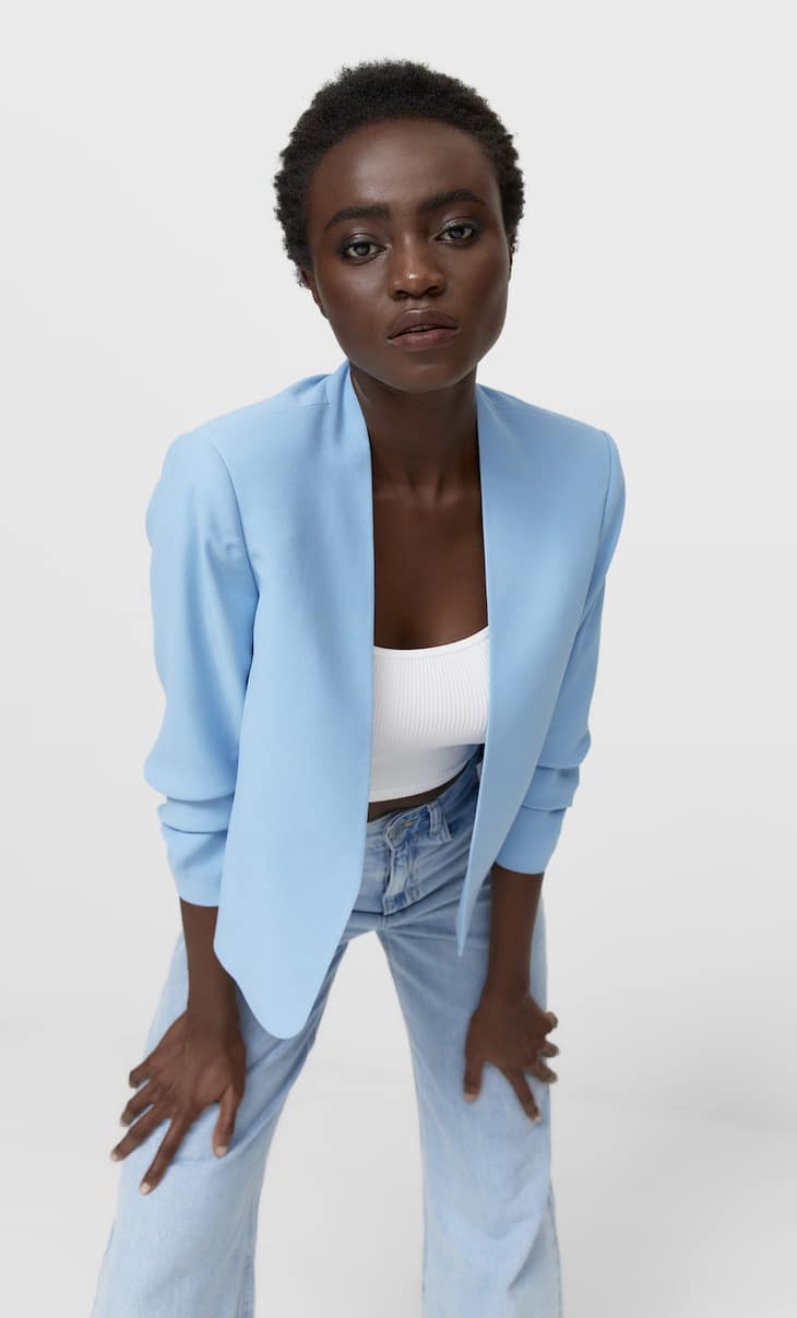 Cropped blazer with gathered sleeves
