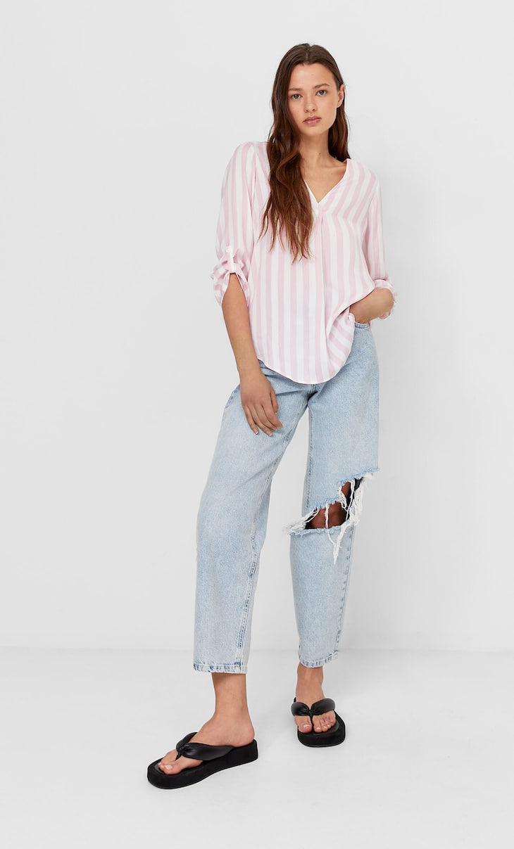 Striped shirt with 3/4 length sleeves