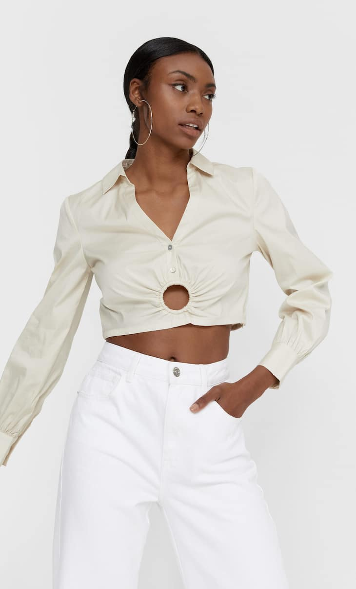 Cropped shirt featuring waist ring