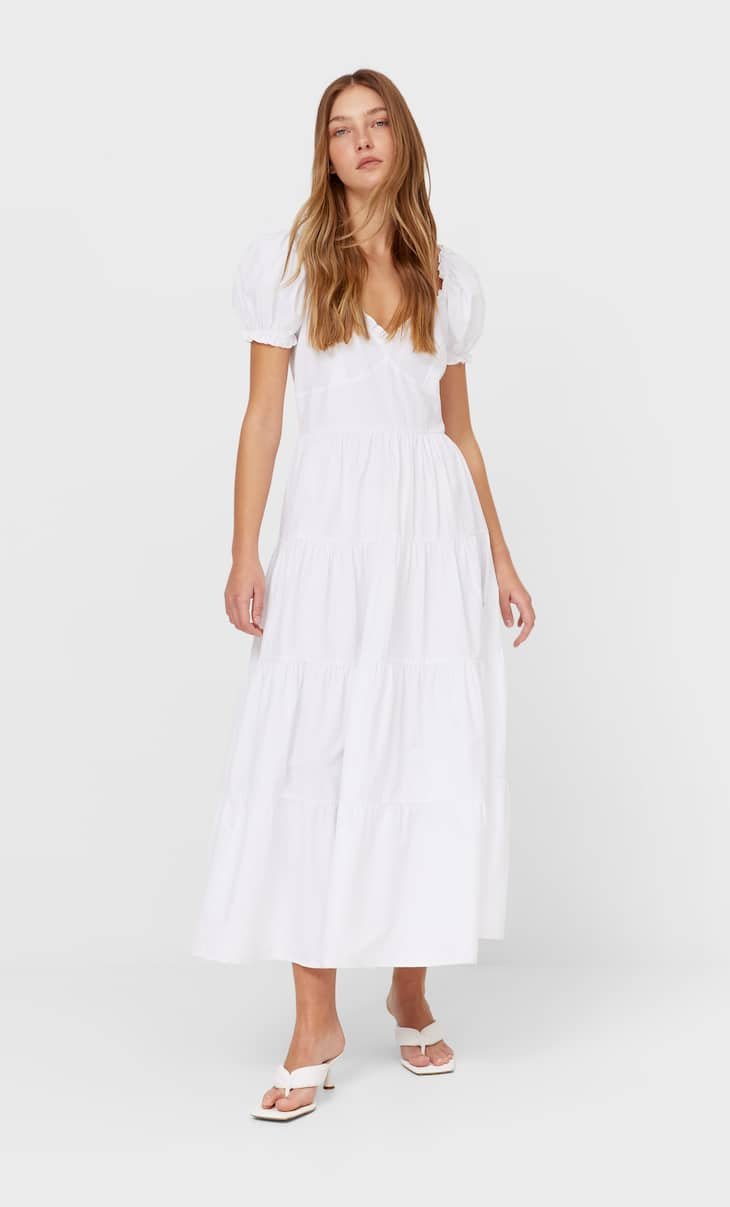 Sukienka średniej długości z popeliny