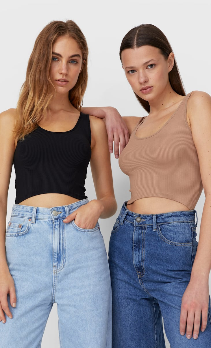 2-pack of crop tops