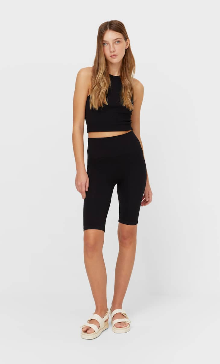 Ensemble short legging et top sans coutures