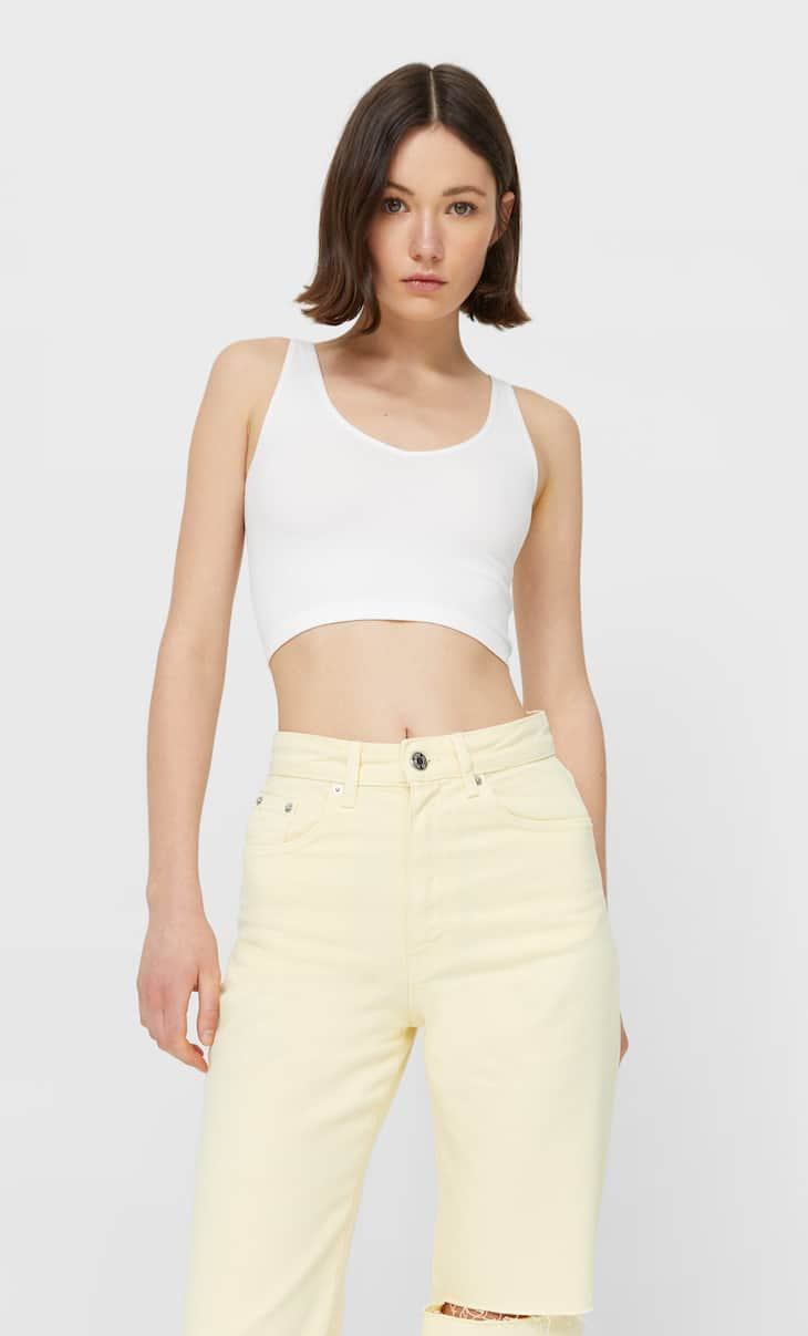 Seamless V-neck crop top