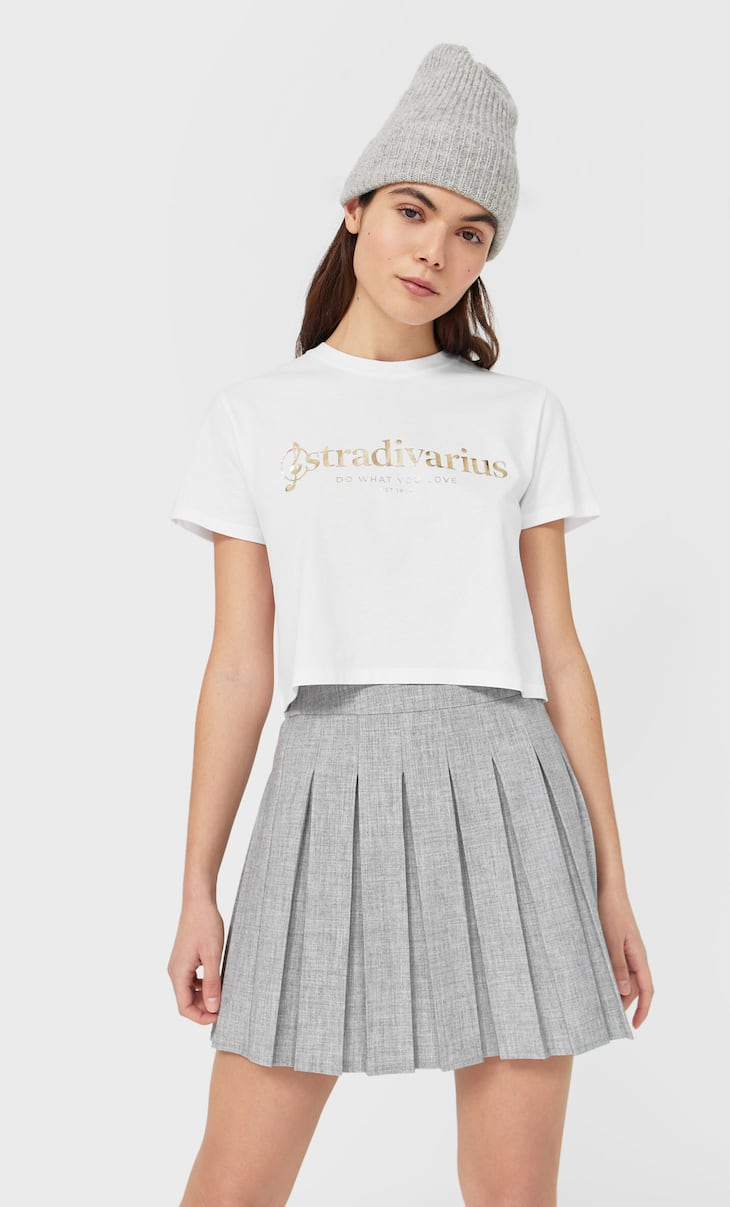 Cropped Stradivarius T-shirt