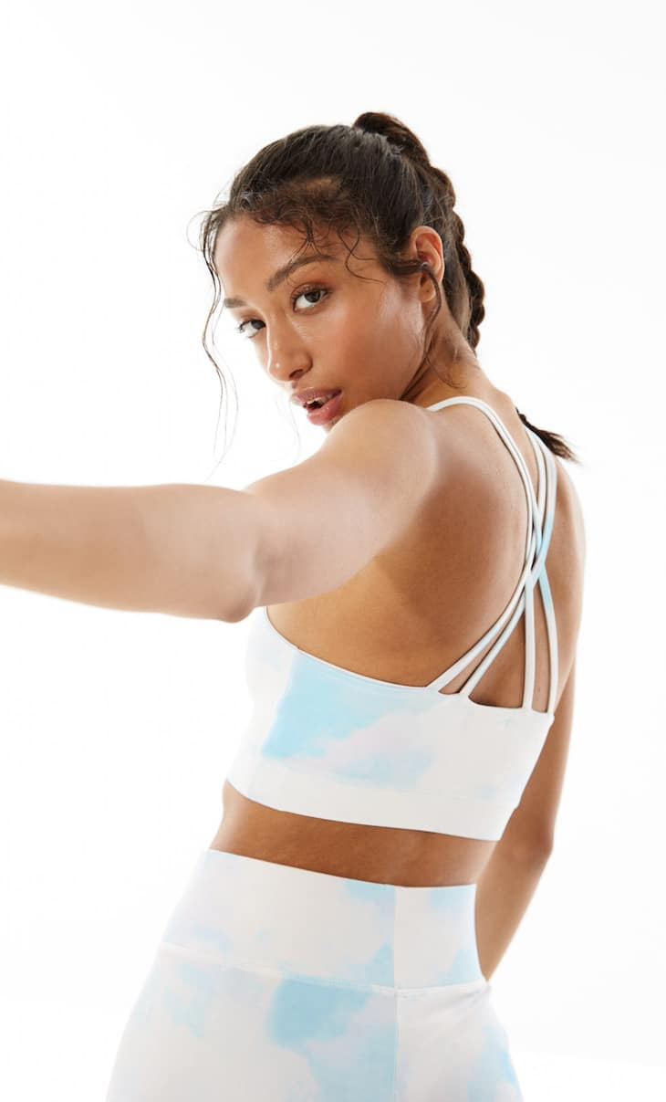 Crossover back sports bra