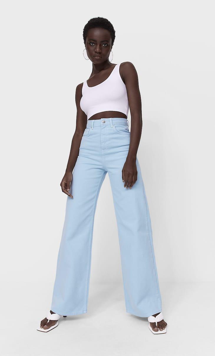 Super-Wide-leg-Jeans in verschiedenen Farben
