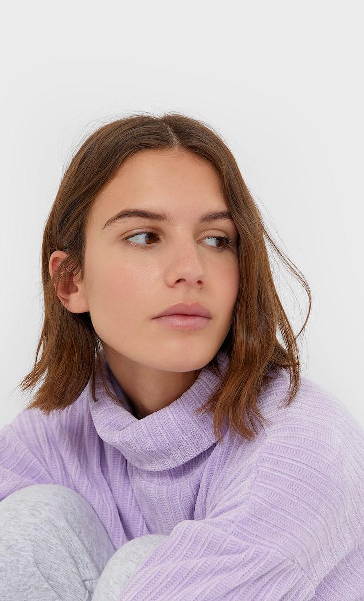 Sweater com gola alta de chenille