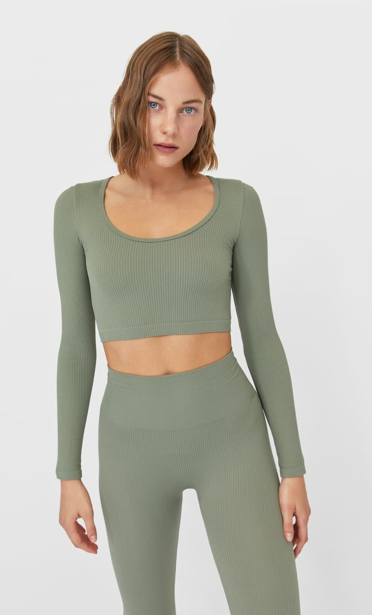 Seamless crop top