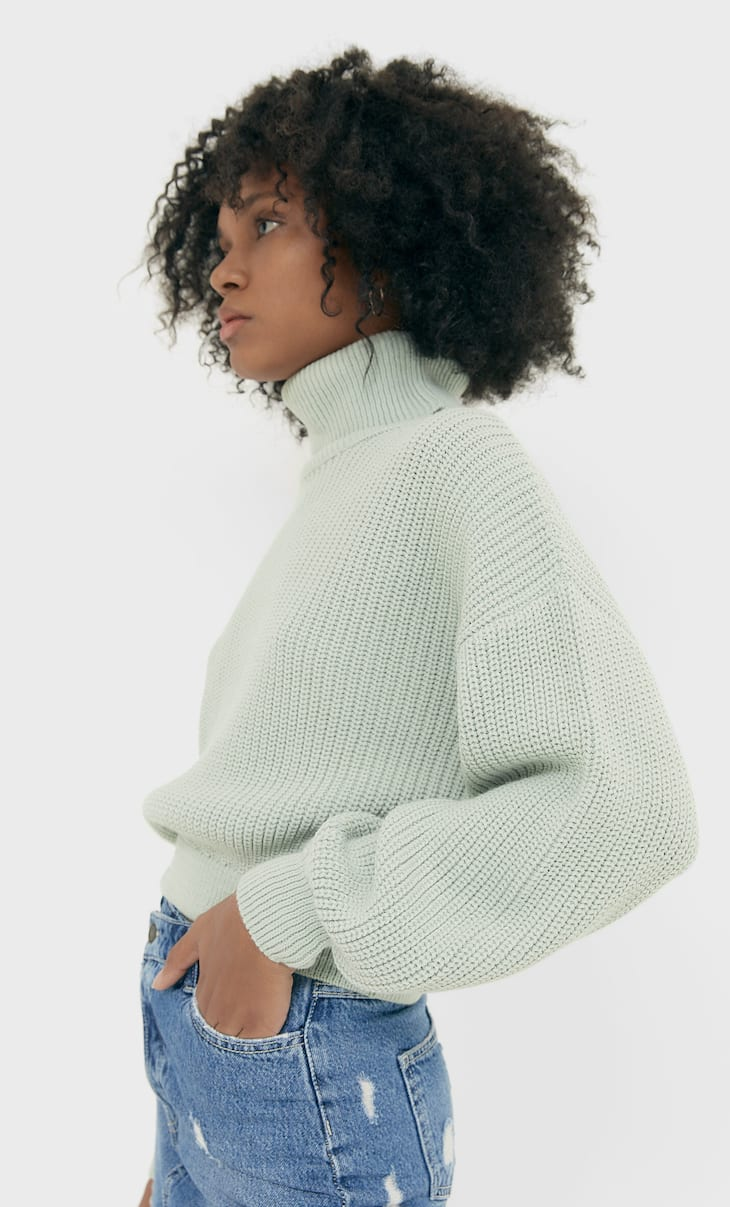 High neck sweater with balloon sleeves
