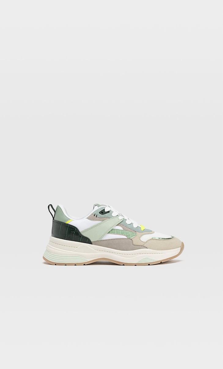 Sneakers con dettaglio multielementi