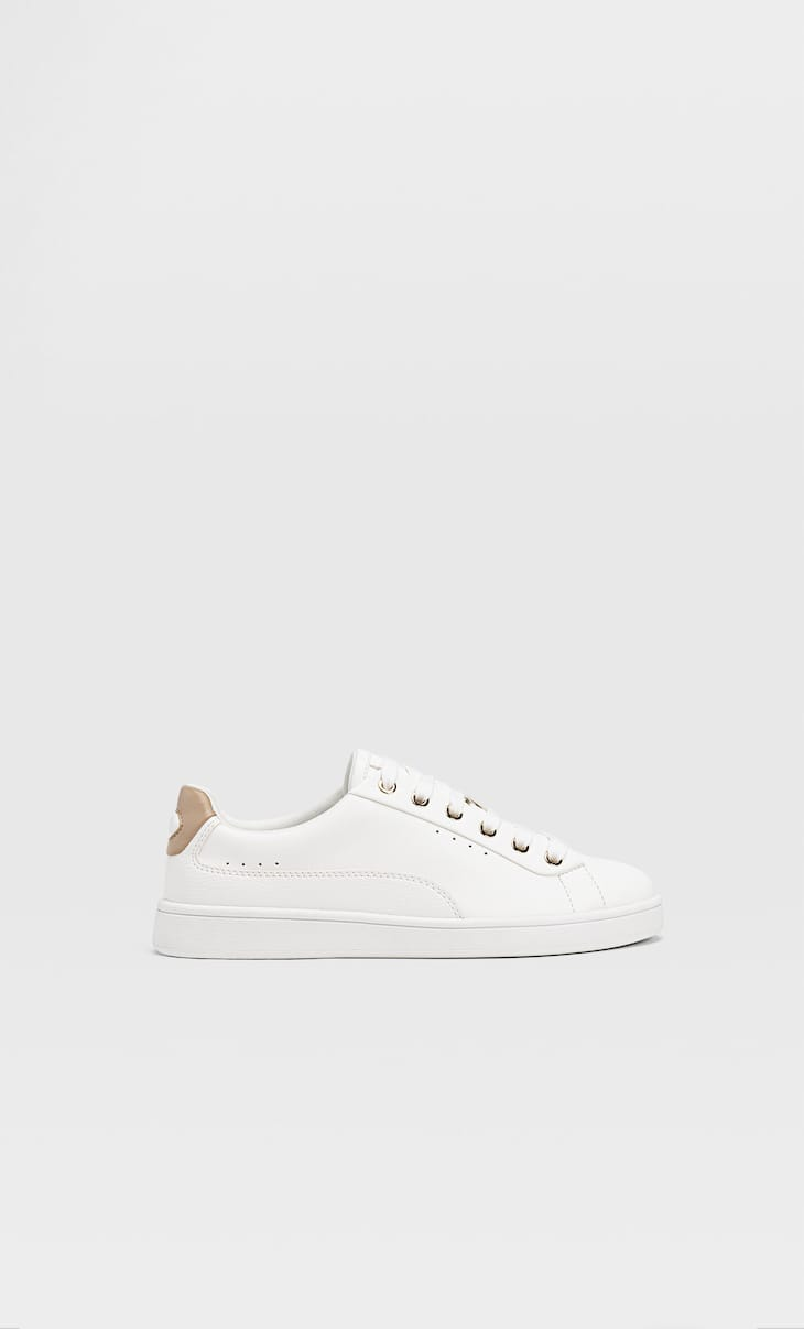 Trainers with heel cap detail