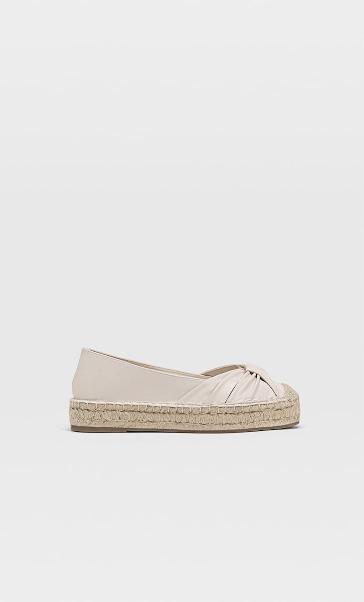 Espadrilles with toecap detail