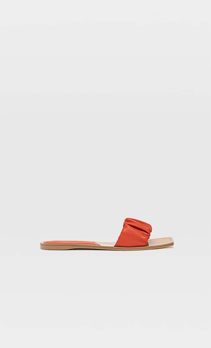 Flat ruched sandals