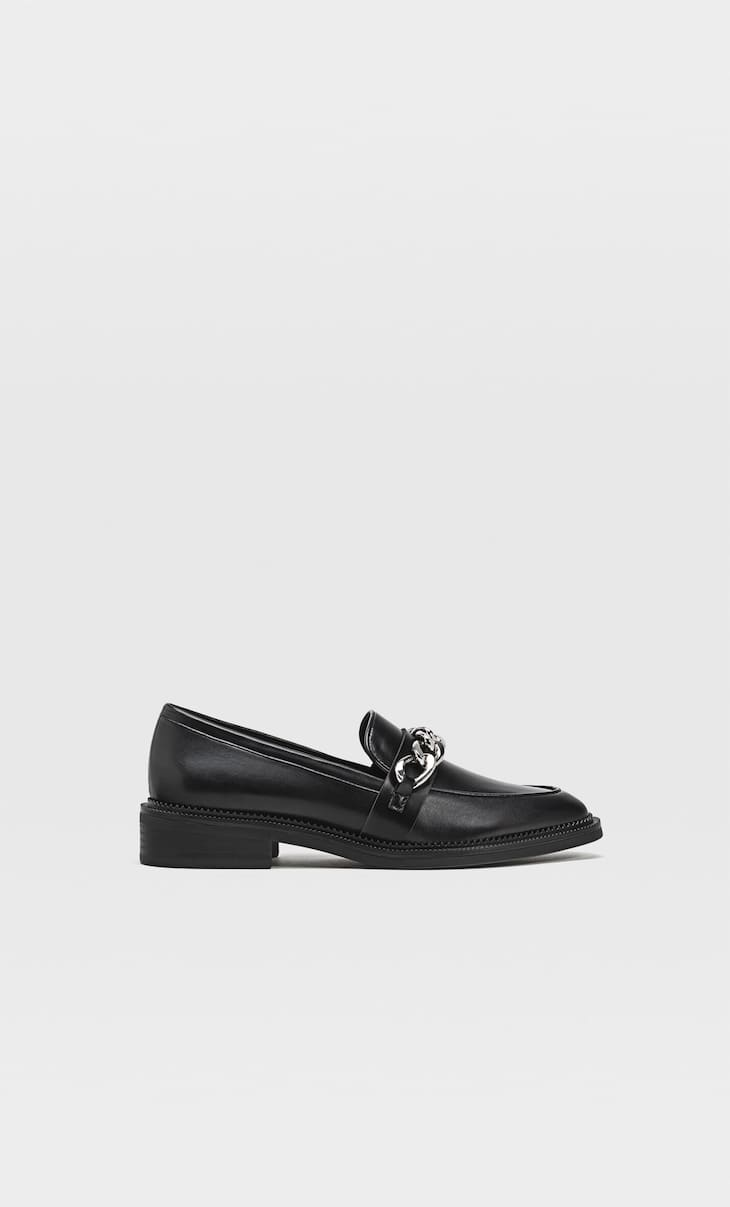 Loafers with chain detail